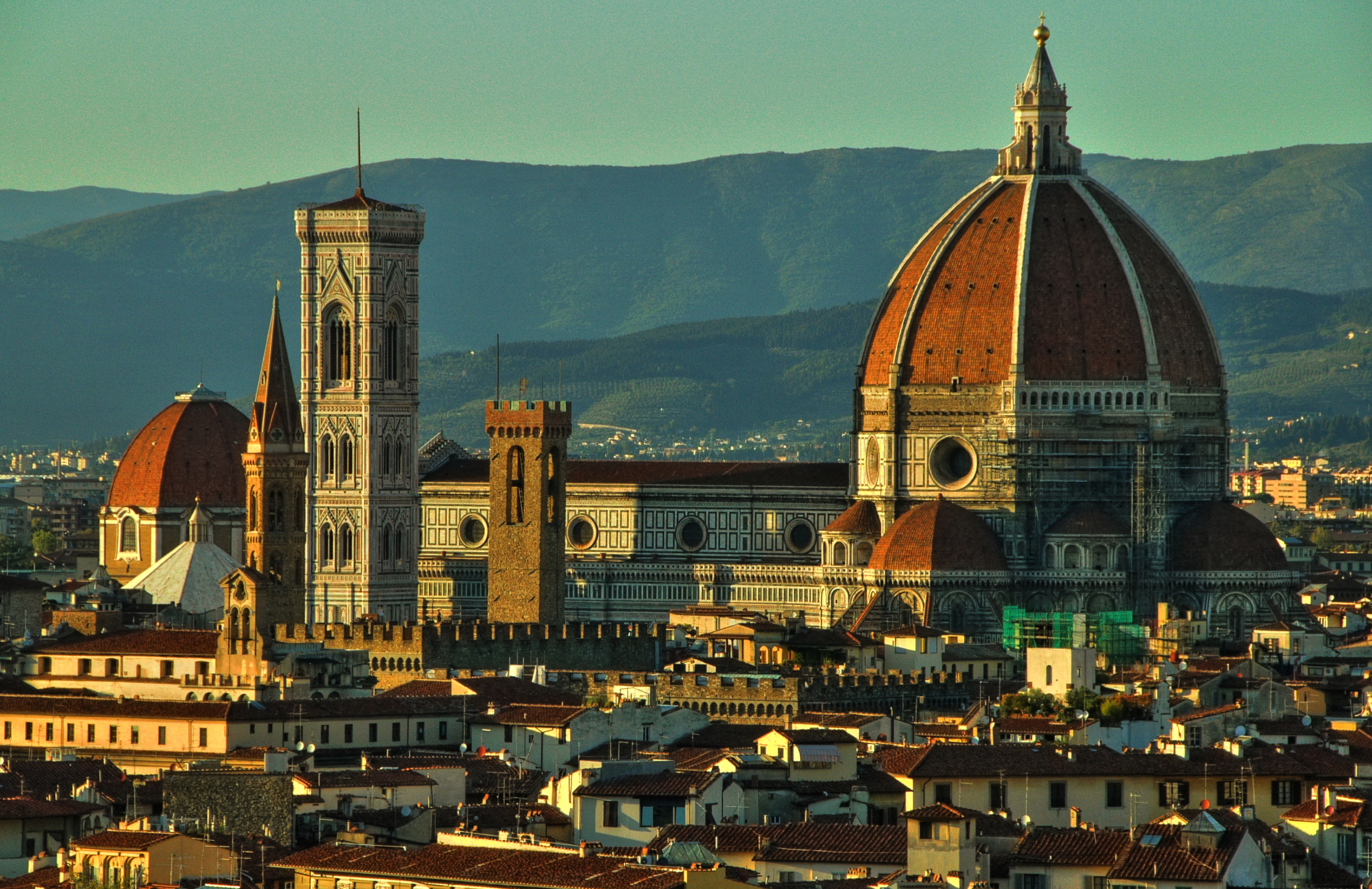 brunelleschis dome essay Brunelleschi's dome, and the cathedral it covers, is one of florence's most recognized landmarks it dominates the skyline, still the tallest building in florence over 600 years after it was built.